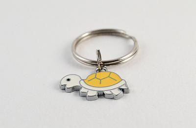 Keyring White and Yellow
