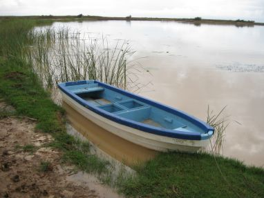 The only boats in the Lac de Guiers